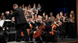 The Masterworks concert combined chorus and orchestra talent. Photo courtesy of Damon Bates.